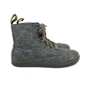 DR. MARTENS Wool Boots gray lace up